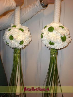 Lumanari de nunta din crizanteme albe si santini
