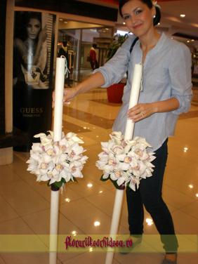 Lumanari de nunta din cale albe si orhidee phalaenopsis albe
