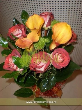 Buchet cale mango si trandafiri satirati