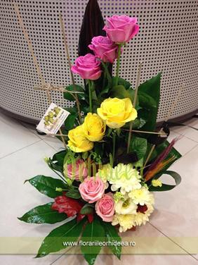 Aranjament trandafiri 3-3-3
