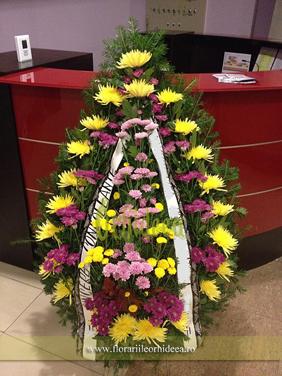 Coroana funerara crizanteme roz-galben